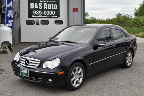 Welcome to d s auto maine 39 s home for used and pre owned for Mercedes benz 2007 c280